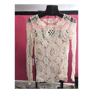 Long sleeved Crochet off white bohemian shirt